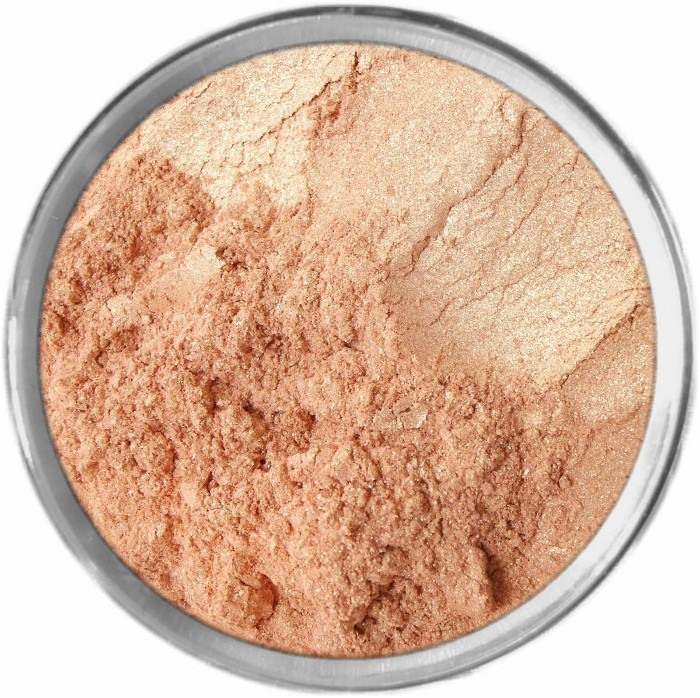 New! STROBING HIGHLIGHTING MINERAL MAKEUP